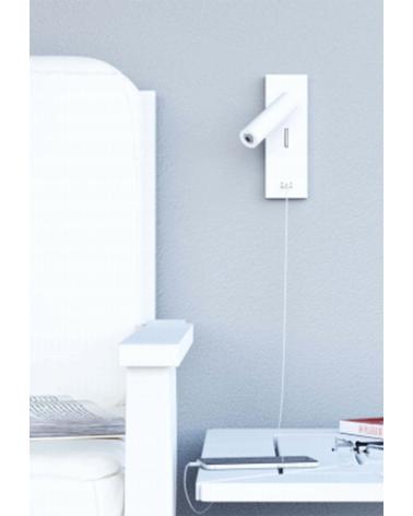 Aplique de pared acabado blanco LED 4W Aluminio interruptor cargador movil USB 2700 K.