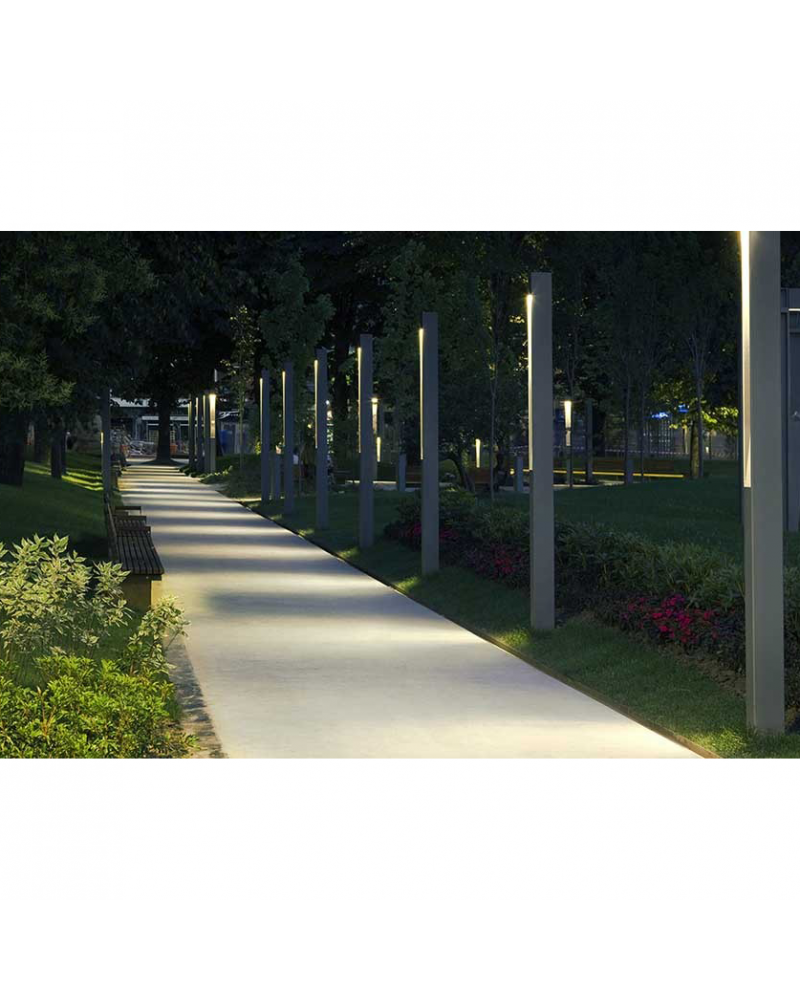 Outdoor lamppost Topa 320-1 270cm high monolithic shape LED 32,1W 3000K IP65